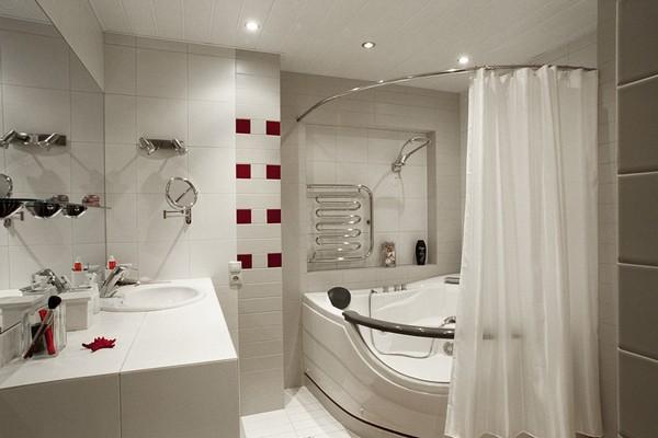 Шторки для ванной комнаты раздвижные: из стекла и пластика