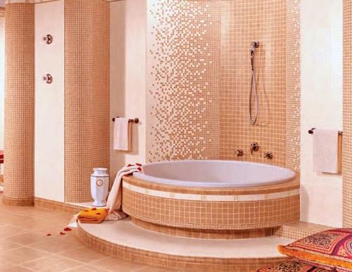 Розовая мозаика в ванной