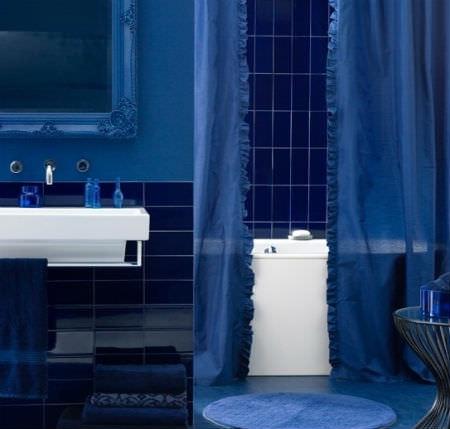 Синяя ванная комната: фото и советы