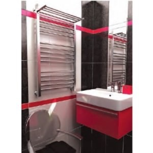 полотенцесушитель с полкой в ванной
