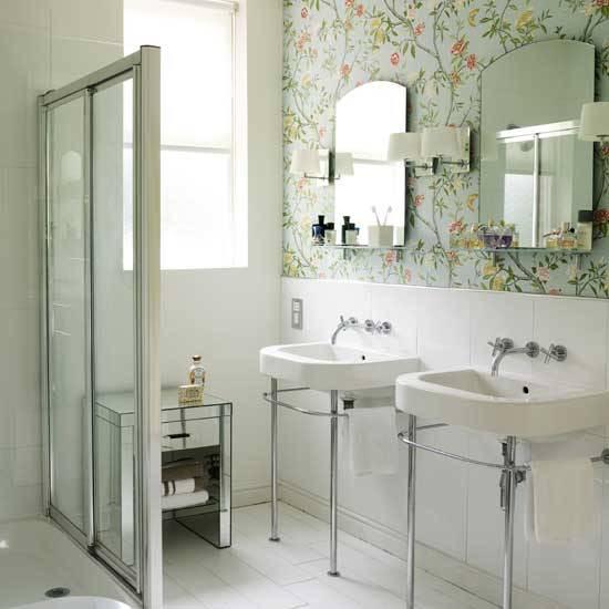 Ванная в цветочек