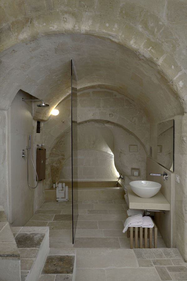 Italian-bathroom-26