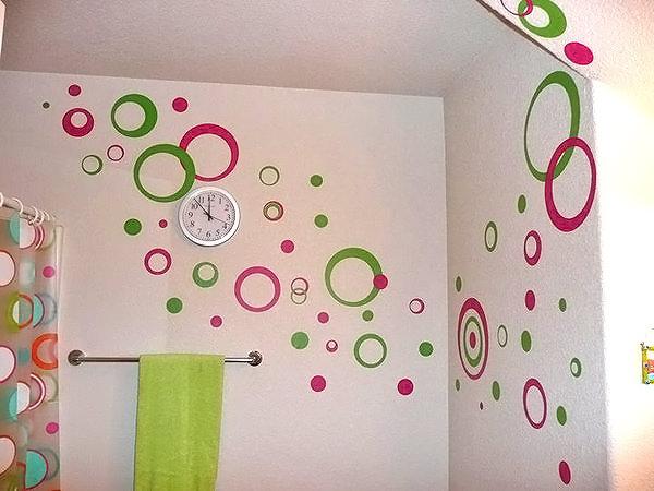 Чем покрасить ванную комнату своими руками фото