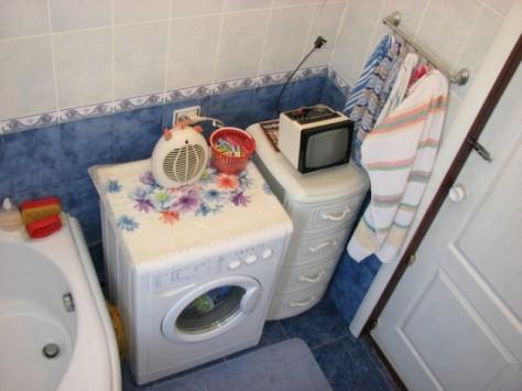 Стильная и удобная ванная комната 2 кв м: видео выбора сантехники и самостоятельного ремонта, 52 фото