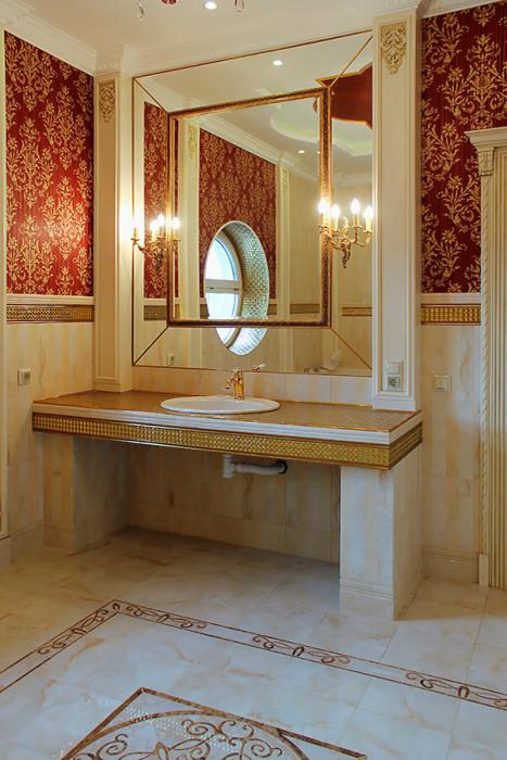 Использование зеркальной плитки с фацетом в интерьере ванной комнаты (42 фото)